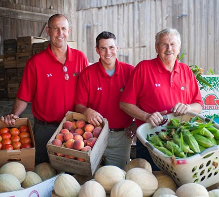 MEET OUR MARYLAND FARM FAMILIES